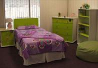 Детска стая в бук и зелено