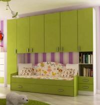 Детска стая в зелено